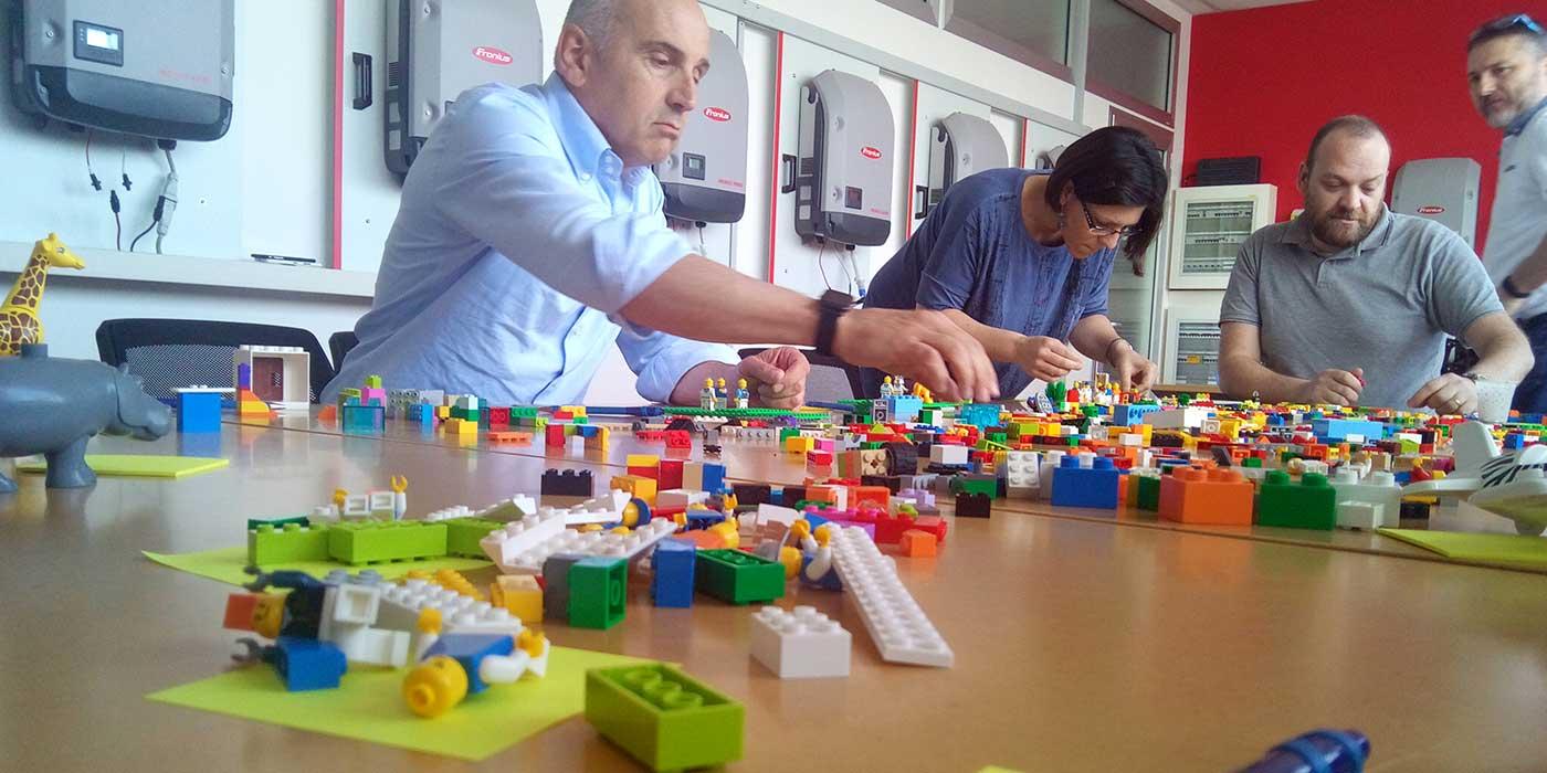 Team Building Verona pensare e progettare con le mani